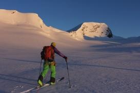 Aufstieg von der Hollandia Hütte zum Mittagshorn / Berner Alpen
